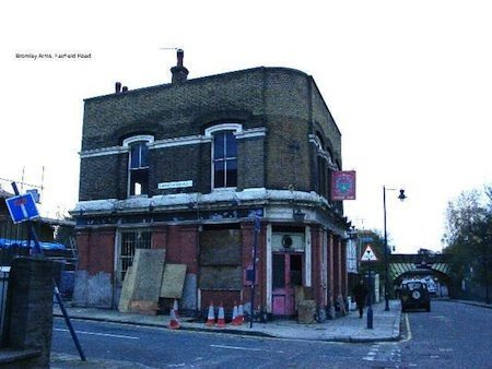 BROMLEY ARMS DERELICT